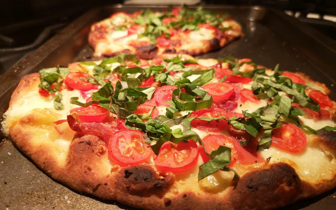 Pizza Margherita Flatbread