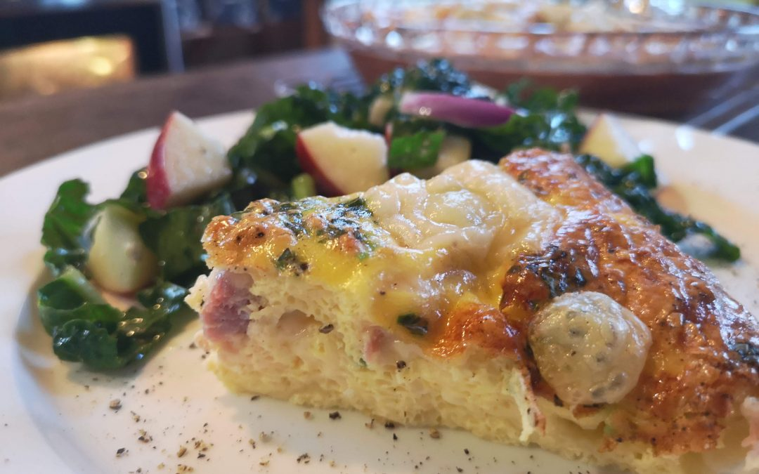 Crustless Ham & Swiss Quiche with Apple Kale Salad