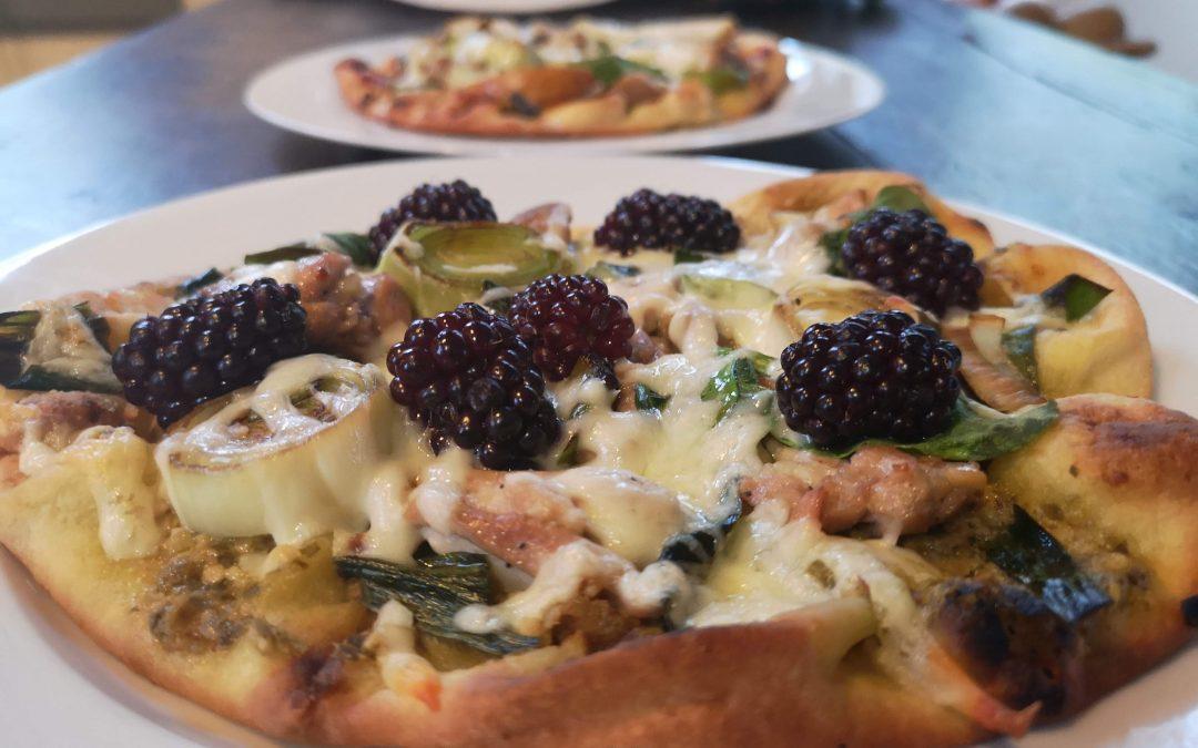 Basil Pesto & Garlic Chicken Naan Bread Pizzas