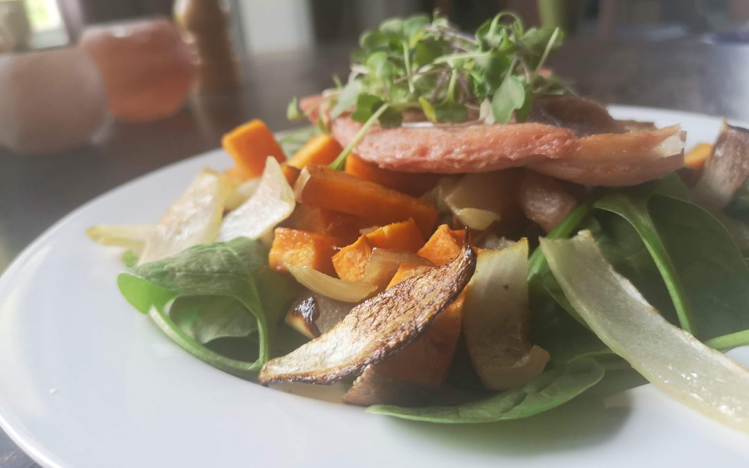 SATURDAY – Baked Ham with Roasted Yams & Onions on Fresh Greens