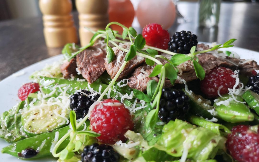 Beef & Berry Salad with Honey Balsamic Dressing