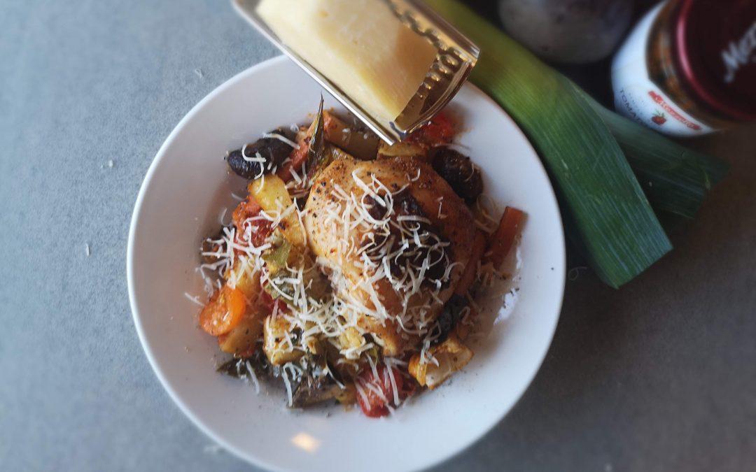 Sundried Tomato Chicken & Veggie Roasted One Pan Wonder