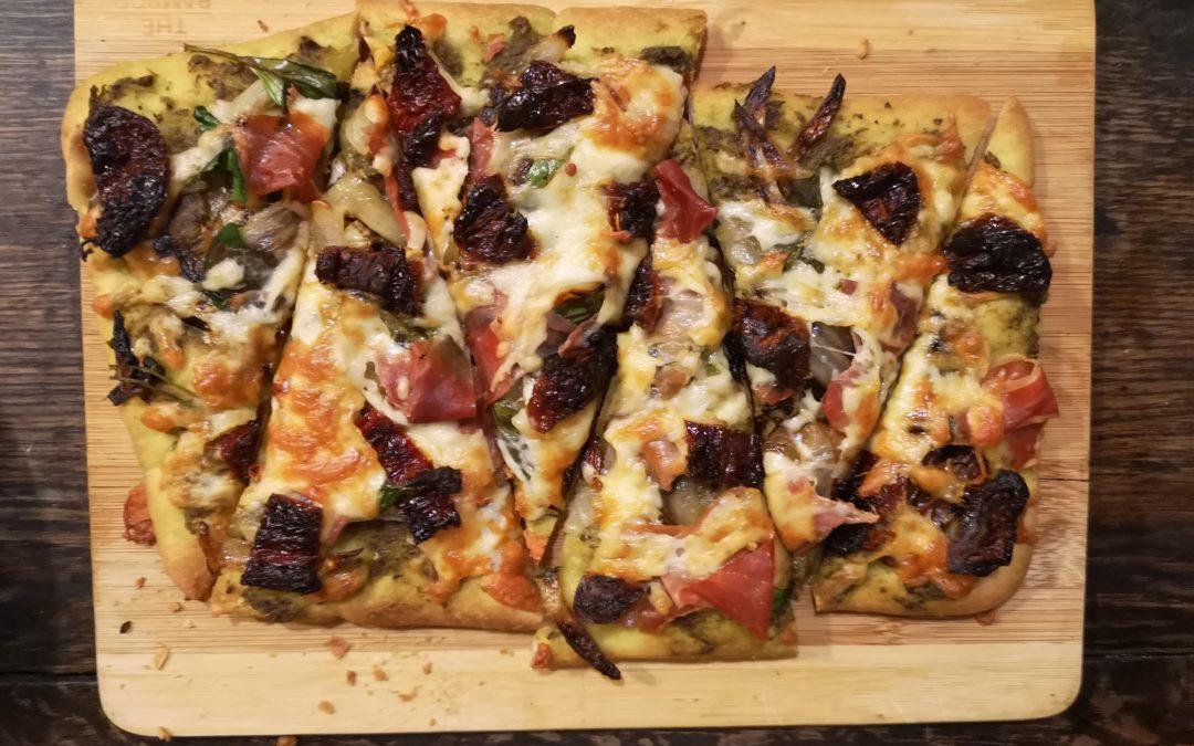 Prosciutto, Sundried Tomato & Spinach Naan Pizza